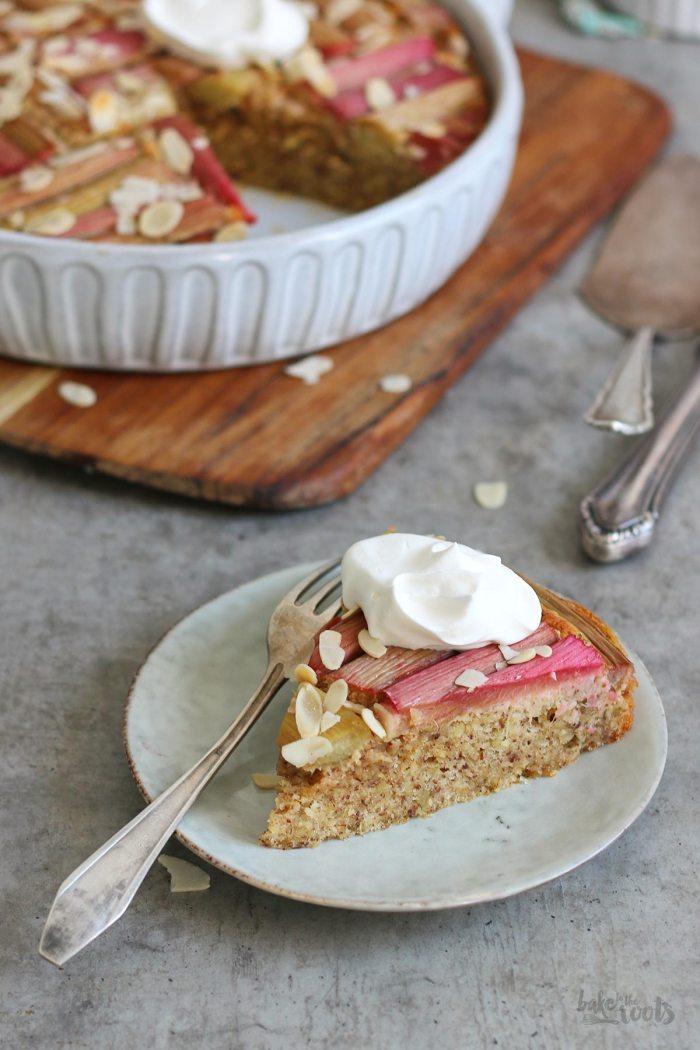 Einfacher Rhabarberkuchen (zuckerfrei) | Bake to the roots