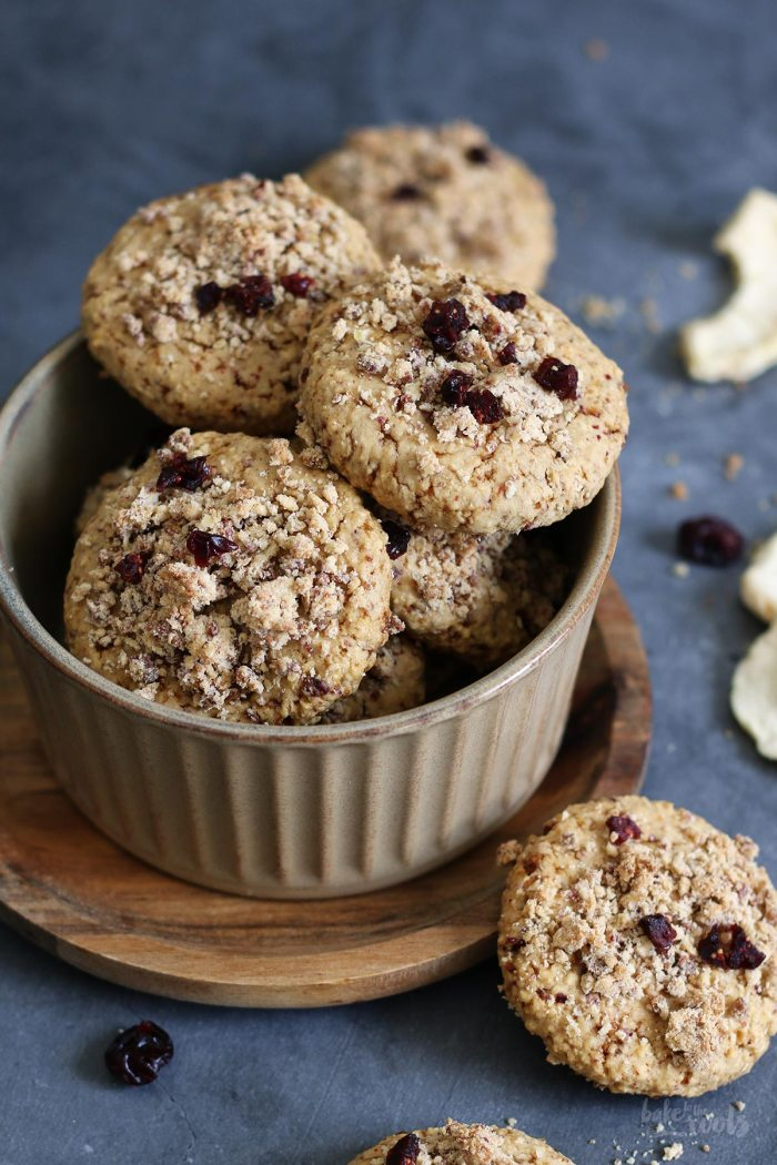 Apple & Cranberry Crumble Cookies | Bake to the roots