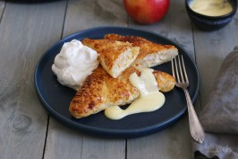 Easy Apple Cheesecake Turnovers | Bake to the roots