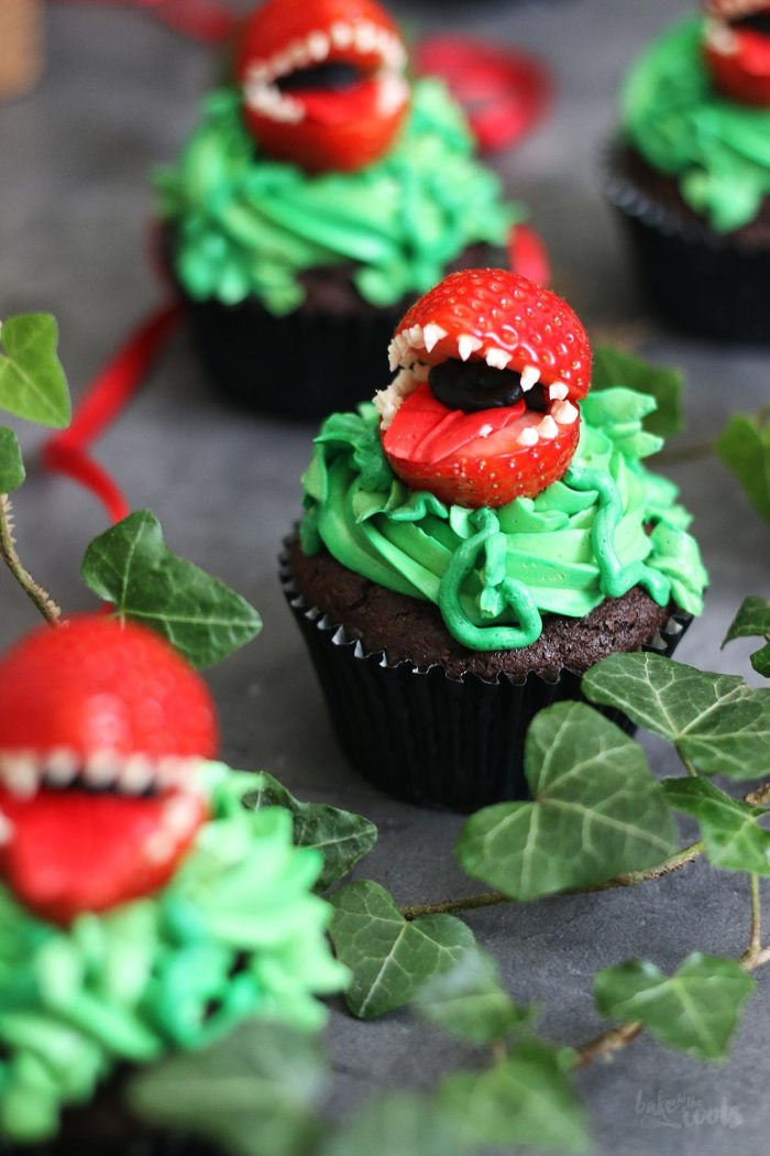 Audrey II Cupcakes from Little Shop of Horrors | Bake to the roots