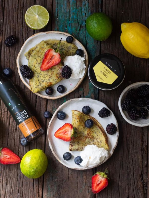 LEMON AND POPPY SEED CREPES