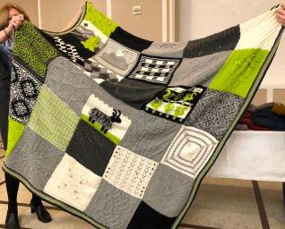 Cascade Knitterati Blanket