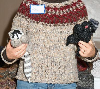 Persian Yoke Pullover