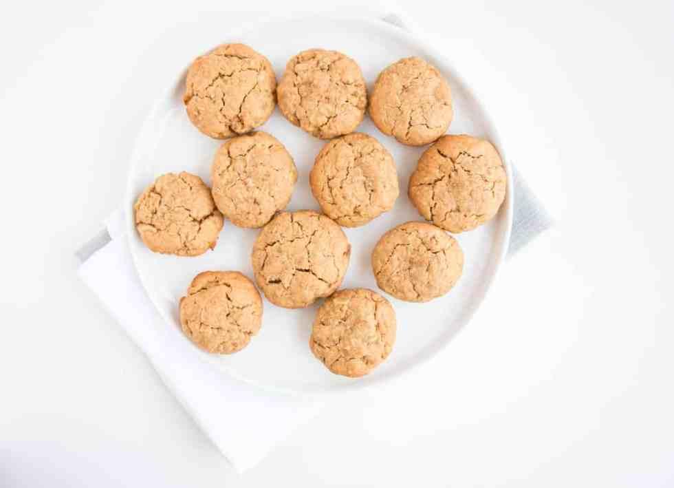 Vegan, sugar free, gluten free peanut butter oat cookies