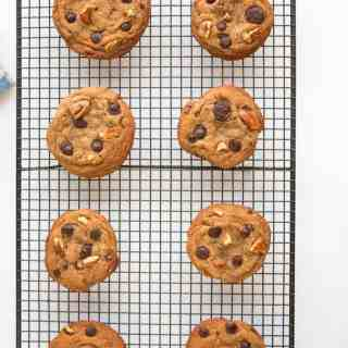 Delicious Chewy Choc-Chip & Pecan Cookies
