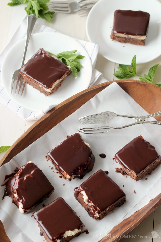 Chocolate Mint Cookie Bars