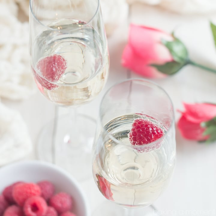 The perfect drink for Valentine's or Mother's Day- Champagne and Roses Cocktail! So fun & special :)