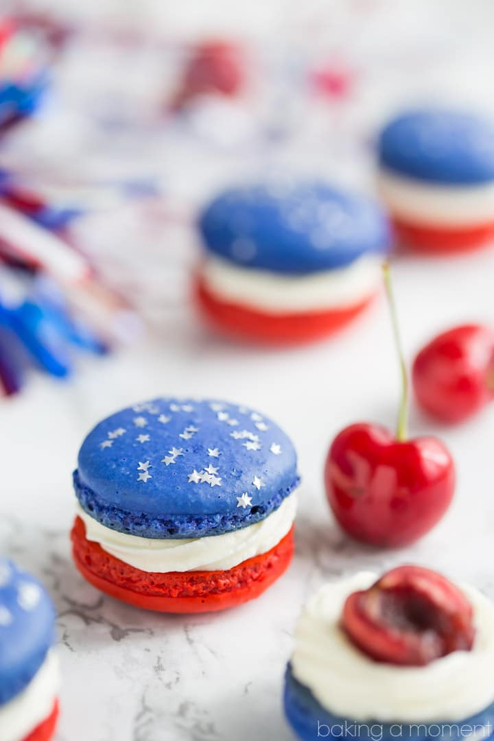 Red, White, and Blue Cherry Cheesecake Macarons: so much fun for a barbecue! Loved the patriotic colors- definitely on my must-make list for Memorial Day or July 4th.