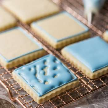 Best Royal Icing Recipe for Decorating