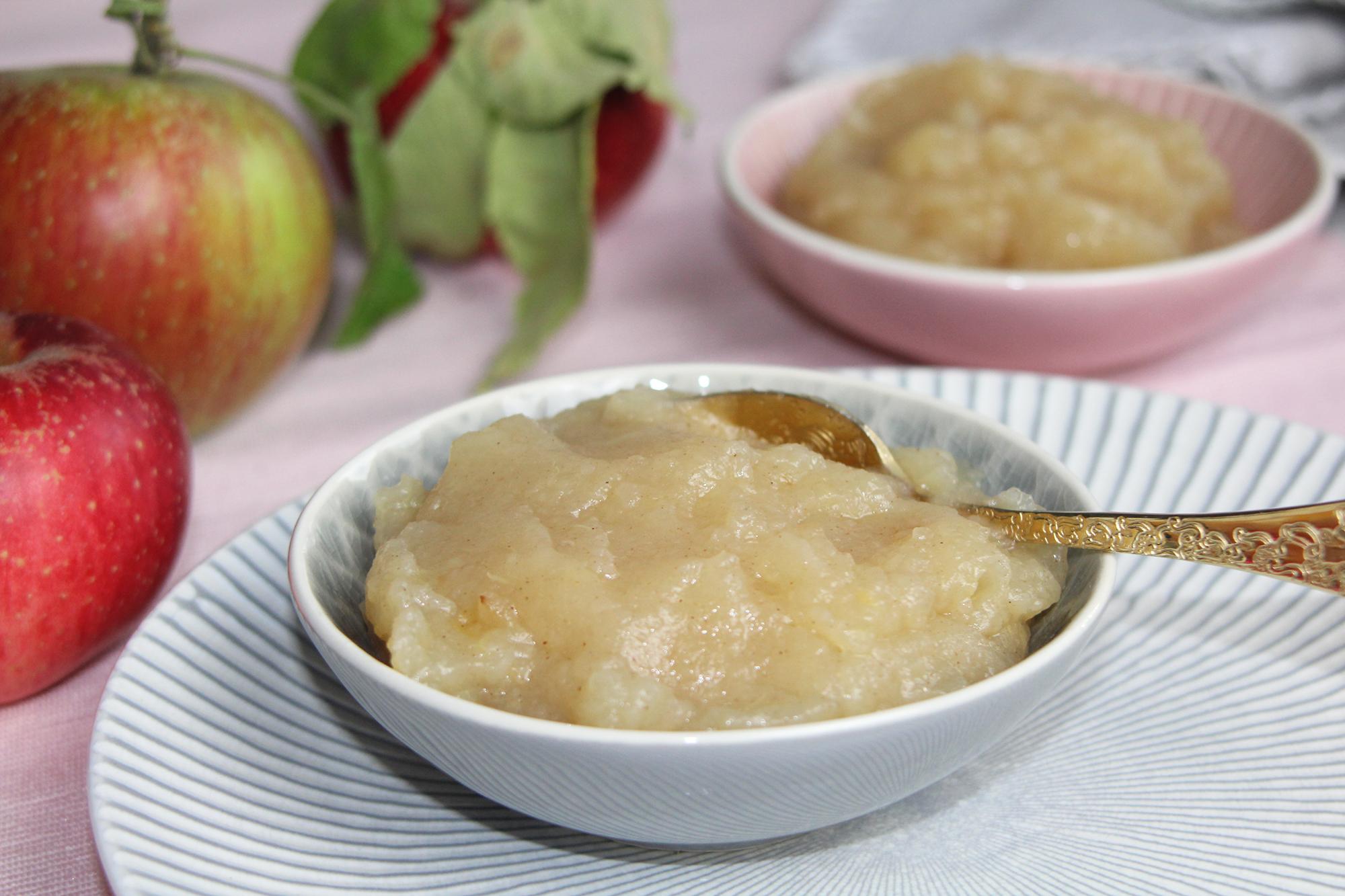 Selbstgemachtes Apfelmus ohne Zucker – Schnell und einfach zubereitet