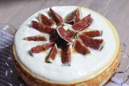 Cheesecake mit Ziegenfrischkäse und Feigen