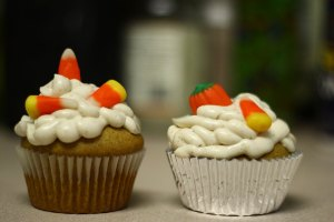 punkin-pubcakes cream cheese frosting