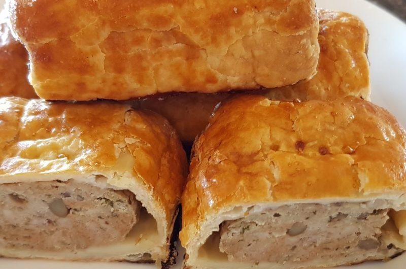 Sausage rolls with lentils