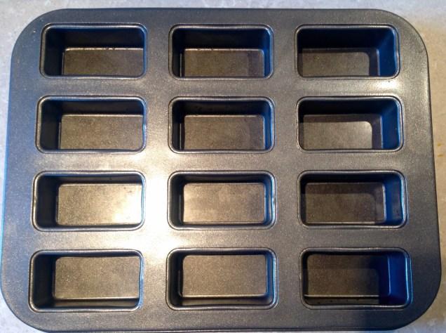 Lakeland 12-hole mini loaf tins
