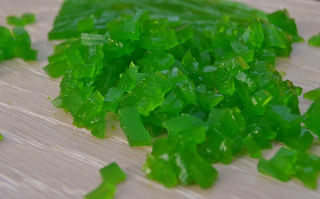 Cucumber and Pimms jelly pieces