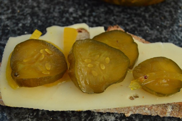 Spicy and crisp bread & butter pickles