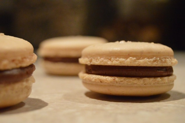 salted caramel & dark chocolate macarons: without a chocolate finish