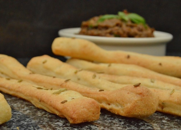 Fennel breadsticks