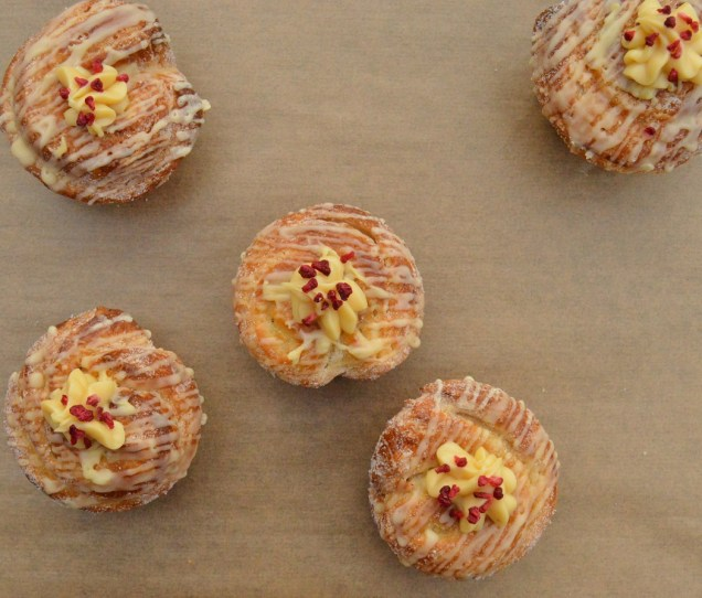 lemon sherbet cruffins