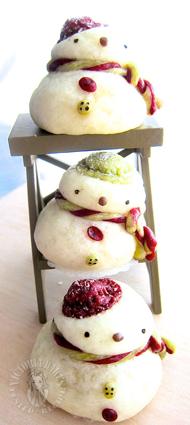 snowman steam custard bun