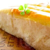 hong kong famous pai bao♡香港热卖超过四十年的面包: 松软香甜的牛奶排包