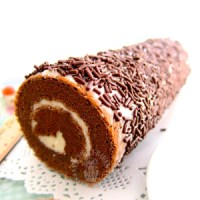 chocolate rice chiffon swiss roll ~ childhood memories 巧克力米戚风蛋糕卷 ~ 儿时的回忆