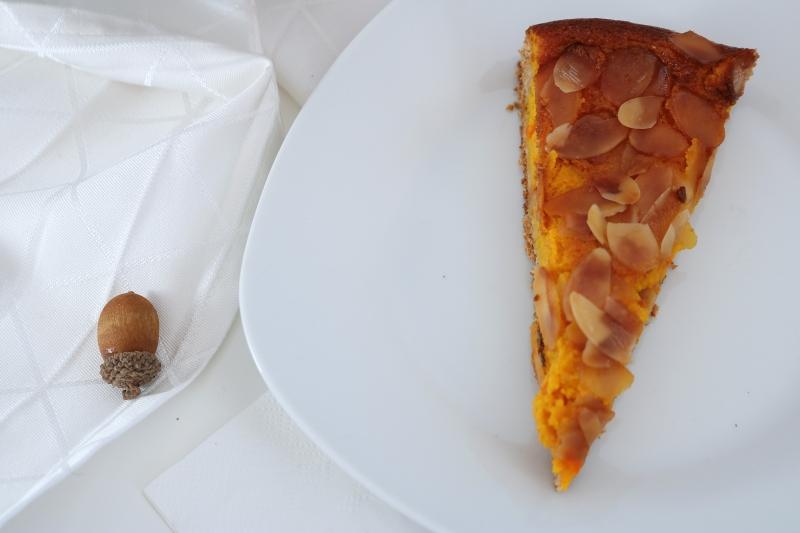 Vollkorn-Kürbis Kuchen mit Mandelkruste (1)_lzn