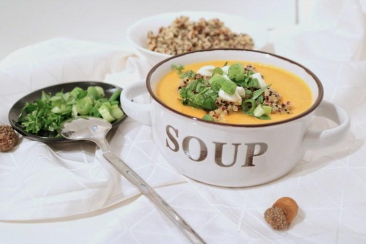 Karotten-Quinoa Suppe