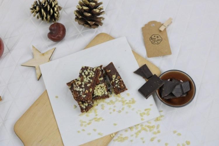 Weihnachtsbäckerei: Schokoladenbrot mit Kirschkonfitüre