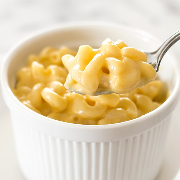 A quick recipe for mac and cheese for one. Easy, cheesy, and oh so good. Recipe includes nutritional information. From BakingMischief.com