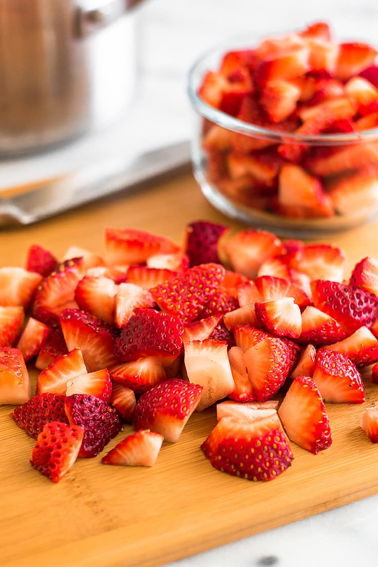 Have too many strawberries? You should make this Quick and Easy Strawberry Sauce!
