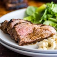 Making Tri-tip in the oven is SO easy and delicious and a total crowd-pleaser. | #EasyDinner | #Dinner | #Tritip |