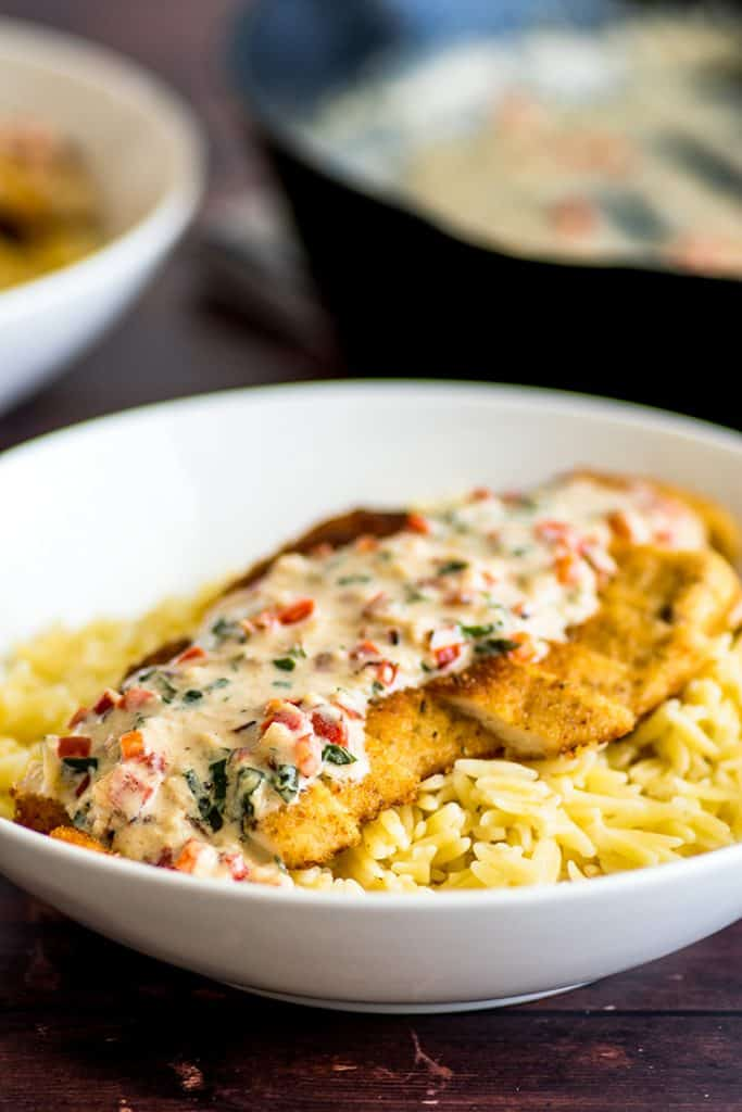 This Easy Chicken in Cream Sauce for Two looks and tastes like a million bucks, but really takes very little effort, and isn't that the perfect dinner? | #Chicken | #ChickenDinner | #DinnerForTwo |
