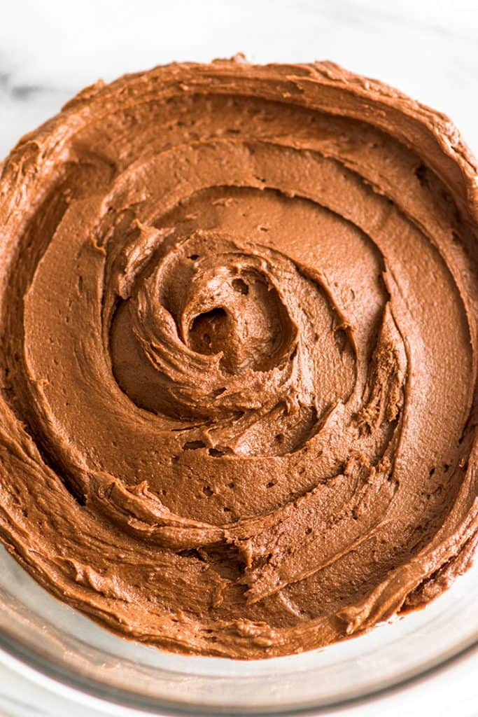 This Small-batch Chocolate Frosting is the *best* chocolate frosting. | #chocolate | #frosting | #dessert |
