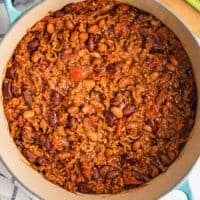 A pot full of easy chili.