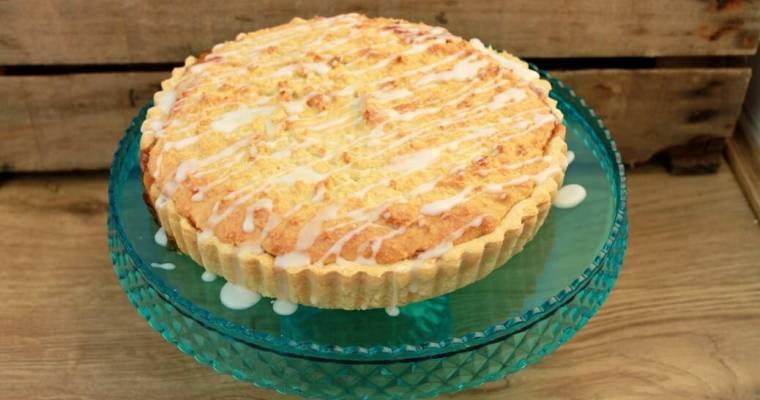 Plum Bakewell Tart – A Traditional British Bake!