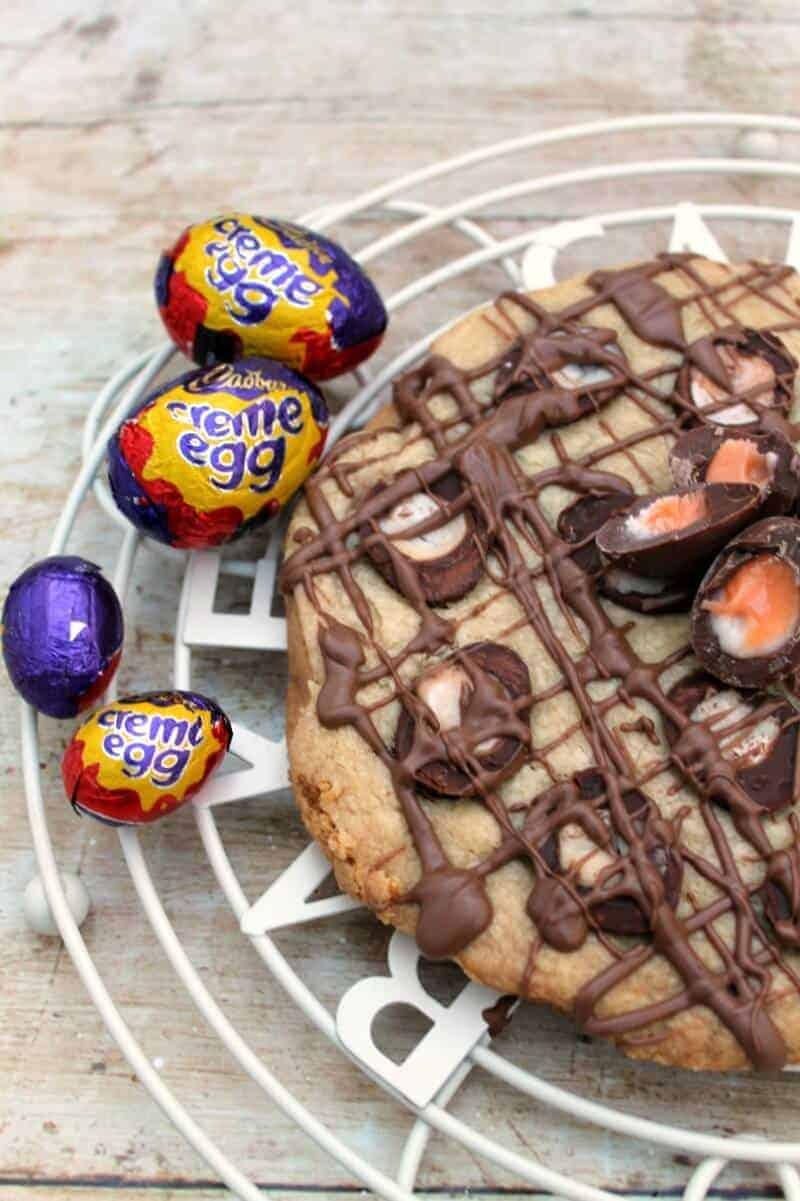 Slow Cooker Creme Egg Shortbread