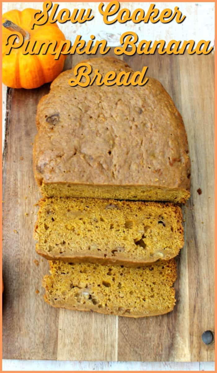 Slow Cooker Pumpkin Banana Bread - a fall banana bread recipe to bake in your crockpot for healthy snacking to make the most of pumpkin season