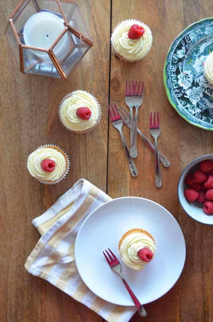 lemon-curd-raspberry-cupcakes