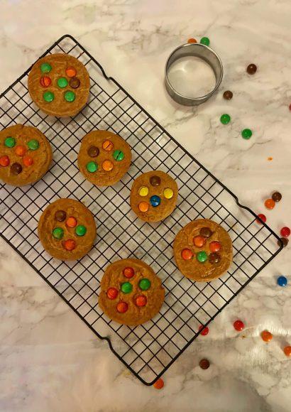 Thumbnail for Gingerbread M&M koekjes