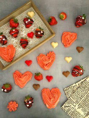 Moederdag bakken, meringue en aardbeien