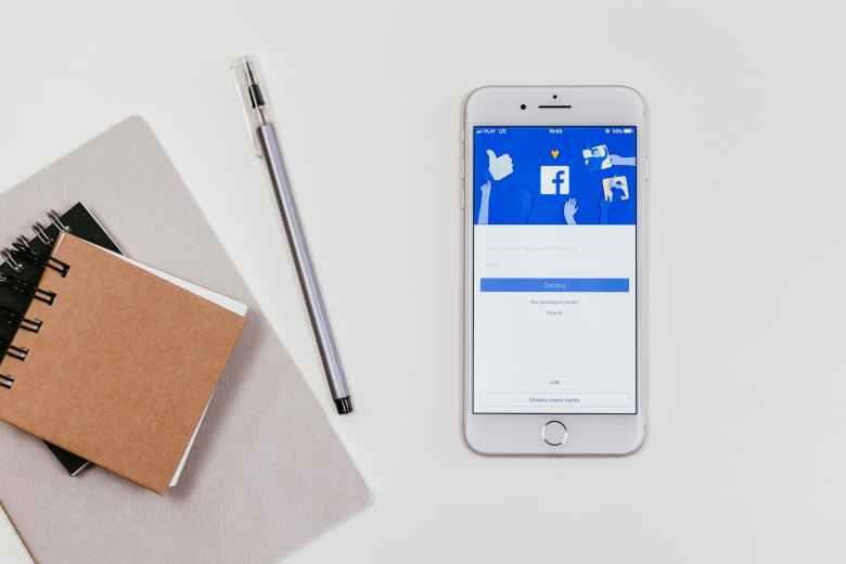 Kiat sukses bisnis lewat facebook