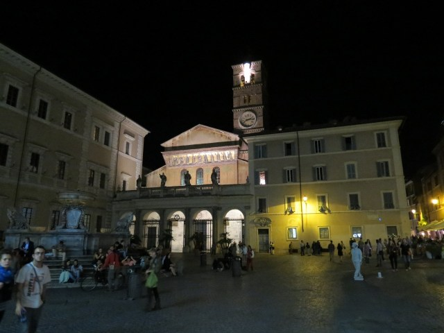15.1442932408.church-of-santa-maria-in-trastevere