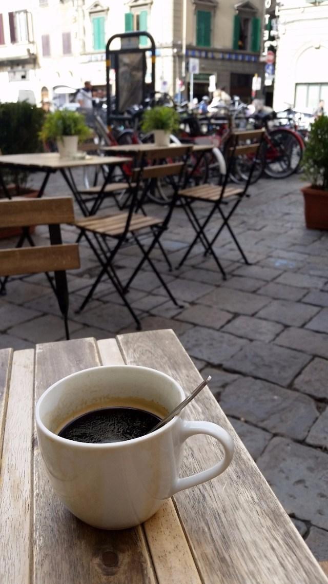 15.1443105225.coffee-break-after-medici-chapels