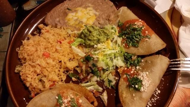 17.1491119388.dinner-at-el-tapatio---best-al-pastor-ever