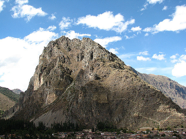 4.1339777519.pinkuylluna-mountain