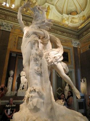 Galleria Borghese - Appolo and Daphne (Bernini, 1622)