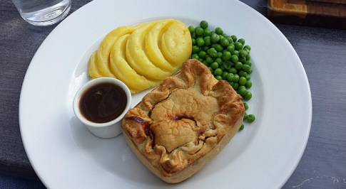 11.1411261969.british-beef-pie-for-lunch