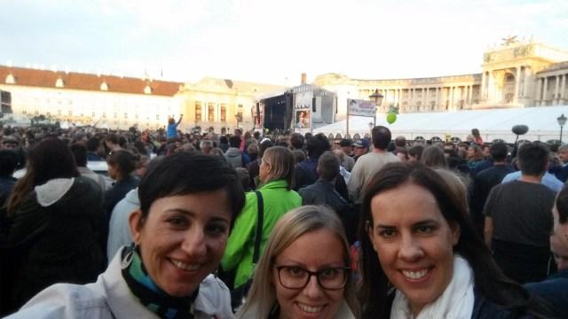 15.1443883034.concert-for-refugees
