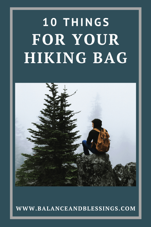 10 things for your fall hiking bag